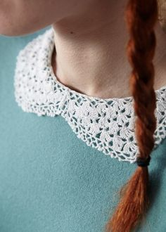 Crochet collar with pattern,