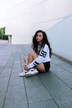 Varsity TShirt. Nike Sneakers. Sporty Outfit. Urban Fashion. Urban Outfit. Hip Hop Fashion