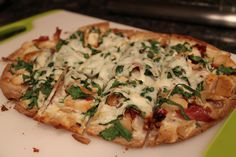 Macro friendly flat out pizza- alfredo spinach                                                                                                                                                                                 More