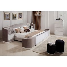 Temptation Romeo Modern Queen Bed