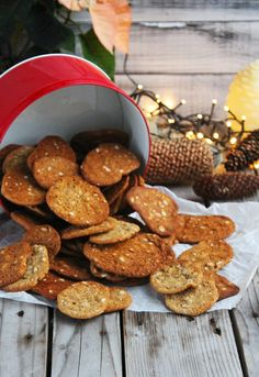Her finder du mine juleopskrifter. Christmas Recipes For Kids, Christmas Sweets, Christmas Kitchen, Christmas Cooking, Christmas Time, Christmas Cakes, Cooking Cookies, Danish Food, Piece Of Cakes