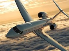 Private planes are a dream come true. Silver Service Training for Private Aviation. Gulfstream V, Jet Privé, Trains, Magnolia Pictures, Private Plane, Private Jets, Guinness Book, Aviation Industry, Airline Tickets