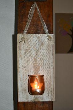 photophore sur support en bois de récupération
