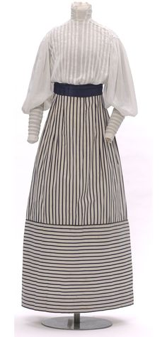 "Paul Poiret summer ensemble, ""Bishop"" Paris, 1907 / Linen and chintz / via Les Arts Decoratifs"