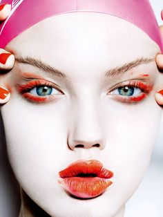 voguelovesme:  Lindsey Wixson by Mario Testino for Vogue Japan November 2014