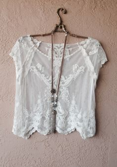 Summer gypsy lace crop top