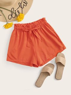 Shop for Neon Orange Frill Waist Drawstring Shorts by Shein at ShopStyle. Comfy Shorts, Cute Shorts, Type Of Pants, Trendy Accessories, Trendy Clothes For Women, Minimalist Fashion, Short Skirts, Fashion News, Casual