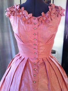 Gorgeous pink flowered 1950s dress