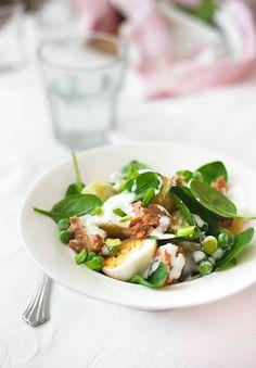 Warm potato, peas and chili tuna salad