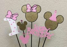 Minnie Mouse Pink and Gold Birthday Centerpiece Table