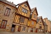 Detours in France : Caen, the Bayeux Tapestry, and Omaha Beach  EXPLORE NORMANDY AT YOUR OWN PACE  http://www.detours-in-france.com/products/biking/normandy/normandy-self-guided-biking-tour-best-of http://www.detours-in-france.com/products/biking/normandy/normandy-self-guided-biking-tour-taste-of