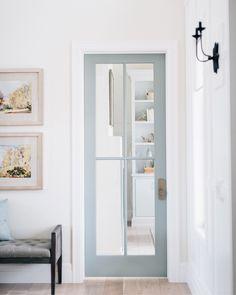 Best Cabinet Hardware That Instantly Upgrades Doors painted door frame ideas Door Design Interior, Main Door Design, Interior Barn Doors, Interior Decorating, Interior Door Colors, Painted Interior Doors, Decorating Ideas, Interior Livingroom, Interior Modern