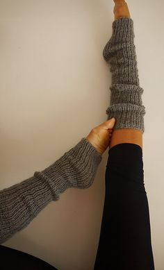 I used to wear these everyday when I was younger :) leg warmers!!