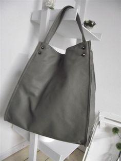 b29fd76929c29 NEU Tasche Shopper Kunstleder grau B 37 x H 39 x unten T 14 cm (