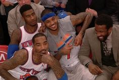 Carmelo Anthony Explodes For 62 Points at The Garden (VIDEO)