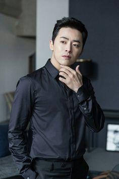 Jo Jung-suk (조정석) - Picture Gallery Jo Jung-suk (조정석) - Picture @ HanCinema :: The Korean Movie and Drama Database New Actors, Cute Actors, Actors & Actresses, Choi Jin, Kim Jin, Asian Actors, Korean Actors, Asian Celebrities, Jealousy Incarnate