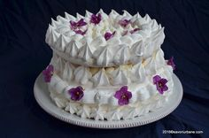 Vant spaniol - tort de bezea cu frisca - Spanische Windtorte. O reteta autentica vieneza de la 1840. Un tort imperial de gala compus din bezea clasica rece