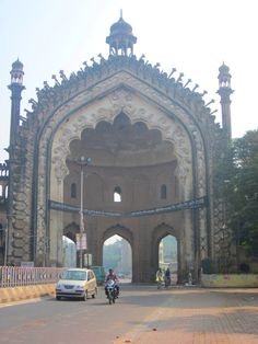 Rumi Darwaza or Turkish Gates---the history behind is totally mesmerizing ~Shivani Bay Of Bengal, Amazing India, History Of India, Arabian Sea, Thing 1, Indian Architecture, Largest Countries, Famous Places, Indiana