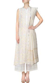 #perniaspopupshop #rajh #baniandsheena #ethnic #clothing #shopnow #happyshopping