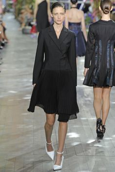 Dior RTW Spring 2014 - Slideshow.... I like the idea of this maybe add a belt to make more flattering