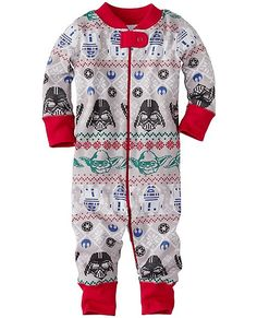 What happens when Star Wars joins forces with supersoft Hanna organic cotton? The best sleepwear in the galaxy! This super-cozy little sleeper cuddles them in extra-huggable comfort that's zippity-quick at changing time, and makes life just as easy for newborns as it does for new walkers. Truly Hanna-me-down quality.  <br>