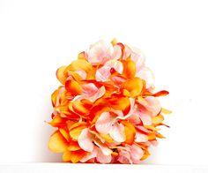 Pisanka kwiecista #pisanka #jajko #pisanki #jajka #wielkanoc #święta #easter #easter egg #egg #rękodzieło #handemade #craft #dekoracje #ozdoby #decoration #sztuczne kwiaty #kwiaty #flower #wiosna #spring Tobacco Smoking, Artificial Flowers, Flower Decorations, Orange Color, Diana, Ornaments, Spring, Gifts, Handmade