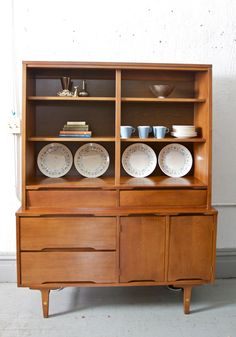 Mid Century Modern Hutch / China or Bar Cabinet by Stanley - 60s Retro - Danish Style