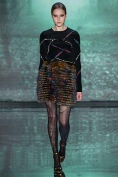 Nicole Miller Fall 2015 Ready-to-Wear Fashion Show: Complete Collection - Style.com