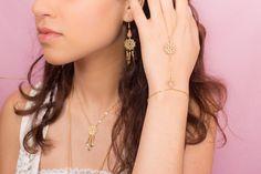 """""""Bracelet de main UTAH - rosace filigrannée dorée"""" : Bracelet par amelys"""