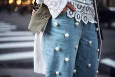 Perlen-Jeans liegen voll im Trend
