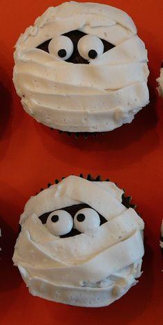 LOOKandLOVEwithLOLO: LIFESTYLE Halloween Mummy Cupcakes