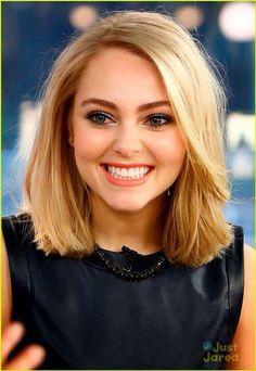 Her hair!!<3