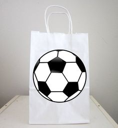 Soccer Ball Goody Bags, Soccer Ball Favor Bags, Soccer Party Bags, Soccer Goodie Bags by CraftyCue on Etsy Soccer Party Favors, Diy Party Games, Wedding Party Games, Soccer Birthday Parties, Football Birthday, 7th Birthday, Ideas Party, Soccer Theme, Soccer Banner