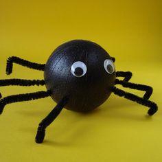 bleeehh zelfs nep spinnen zijn viessssss
