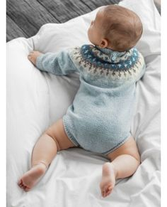 Garnpakker mnd i Lamullgarn fra Rauma Garn. Knitting For Kids, Baby Knitting, Diy Knitting Projects, Needlework, Knitting Patterns, Knit Crochet, Diy And Crafts, Kids Outfits, Baby Kids