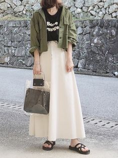 Modest Outfits, Modest Clothing, Midi Skirt, Hair Beauty, Skirts, How To Wear, Ootd, Clothes, Model