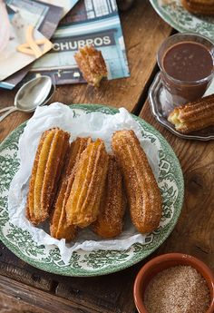 Churros con chocolate......