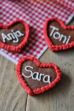 Birds Like Cake: Lebkuchenherzen / Gingerbread Hearts