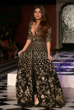 #ICW2016: Bhumi Pulls Off A Stunning Look At Anita Dongre's Show! | PINKVILLA