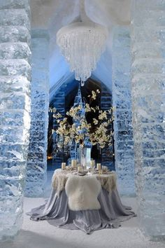 Dinner for Two at the Ice Hotel, near Quebec City I love this beautiful scene here! now that is having a romantic dinner just beautiful! The Places Youll Go, Places To See, Resorts, Snow Sculptures, Winter Wedding Decorations, Winter Weddings, Romantic Decorations, Holiday Decorations, Ice Castles