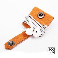 USB Cord Organizer Leather Earphone Headphone por Booooooon en Etsy