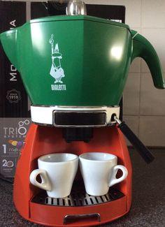 Bialetti Espresso Maker- bought in Italy 2014 :) Espresso Coffee Machine, Cappuccino Machine, Espresso Maker, Drip Coffee Maker, Coffe Machine, Cappuccino Coffee, Coffee Bar Home, Coffee Cafe, Bialetti Espresso