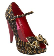 Betsey Johnson Tabbi Heels