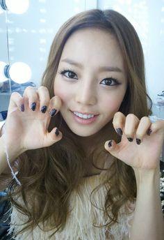 Kara Goo HaRa she preety Goo Hara Kara, Asian Woman, Asian Girl, K Fashion, Korean Fashion Online, Korean Star, Little Doll, Korean Celebrities, Girl Day
