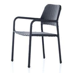 Köp till en passande dyna! Praktisk stol som är stapelbar, perfekt när du vill kunna förvara flera stolar på en mindre yta! Stella är tillverkad i konstro