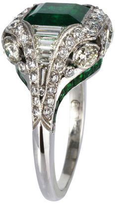 Diamonds in the Library — Elegant 2.26ct Colombian Emerald & Diamond Ring....
