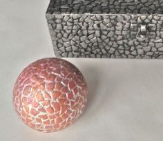 Eggshell sphere by Mrs. Polly Rogers.  Neat site for all kinds of crafts and recipes.