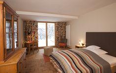 alle zimmer im bio hotel tannerhof sind liebevoll mit alten m belunikaten ausgestattet von. Black Bedroom Furniture Sets. Home Design Ideas