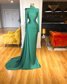 Pageant Dresses For Women, Glam Dresses, Pageant Gowns, Event Dresses, Fashion Dresses, Sexy Dresses, 15 Dresses, Dress Outfits, Stunning Dresses