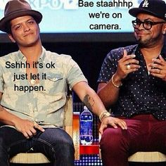 Friendship goals. #BrunoMars #PhilLawrence